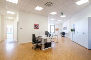 ristrutturazione ufficio e spazio commerciali